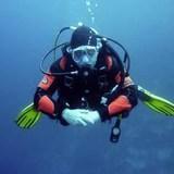 {u'cs': u'P\u0159\xedstrojov\xe9 pot\xe1p\u011bn\xed', u'de': u'', u'en': u'Instrumental diving'}